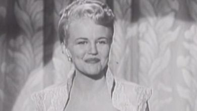 Photo of Peggy Lee — Why Don't You Do Right (1950).